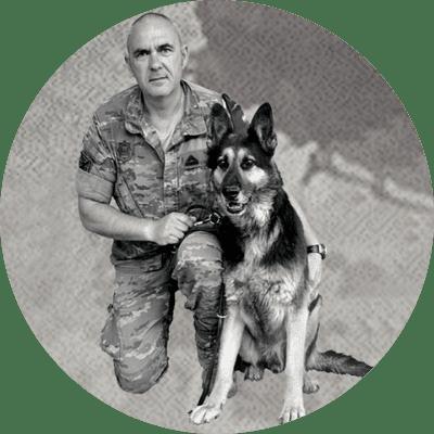 Foto de Instructor de perros de búsqueda y detección de sustancias olorosas con perros de KOIRA Jose Antonio de la Varga